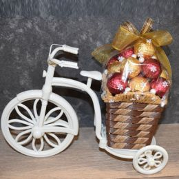 Pretty_Chocolate_Basket